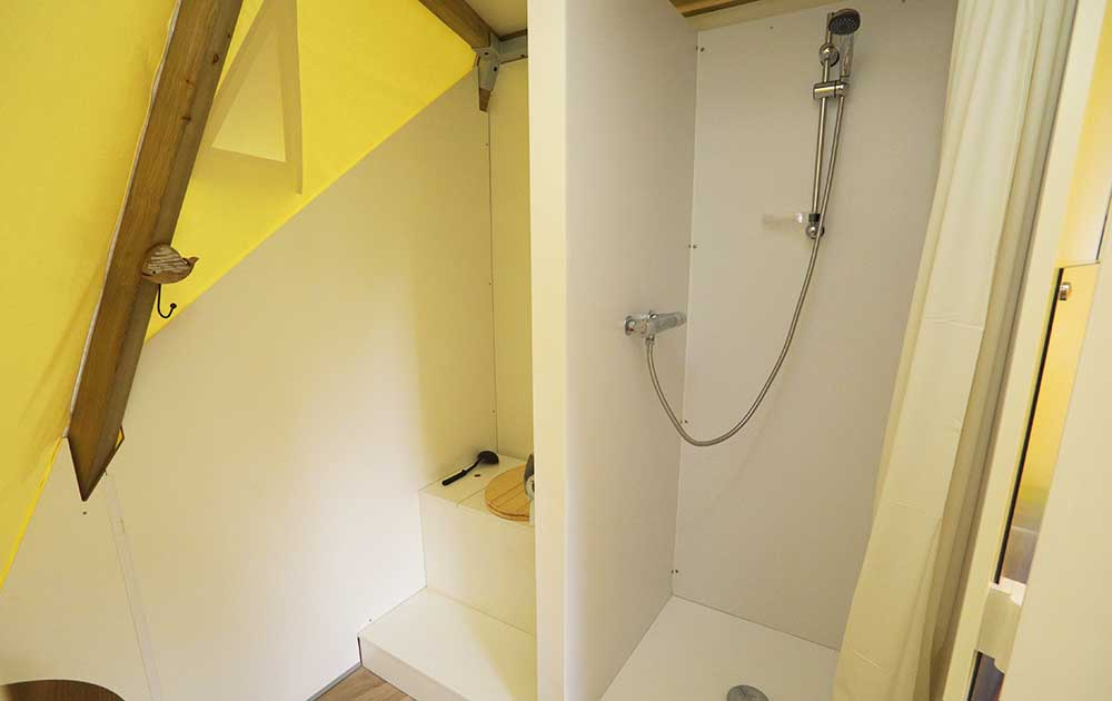 Hébergement tipi home salle de-bain - Baie de Somme
